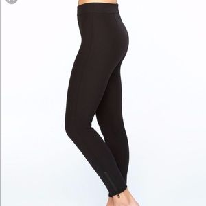 SPANX Ankle Zip Skinny Pants